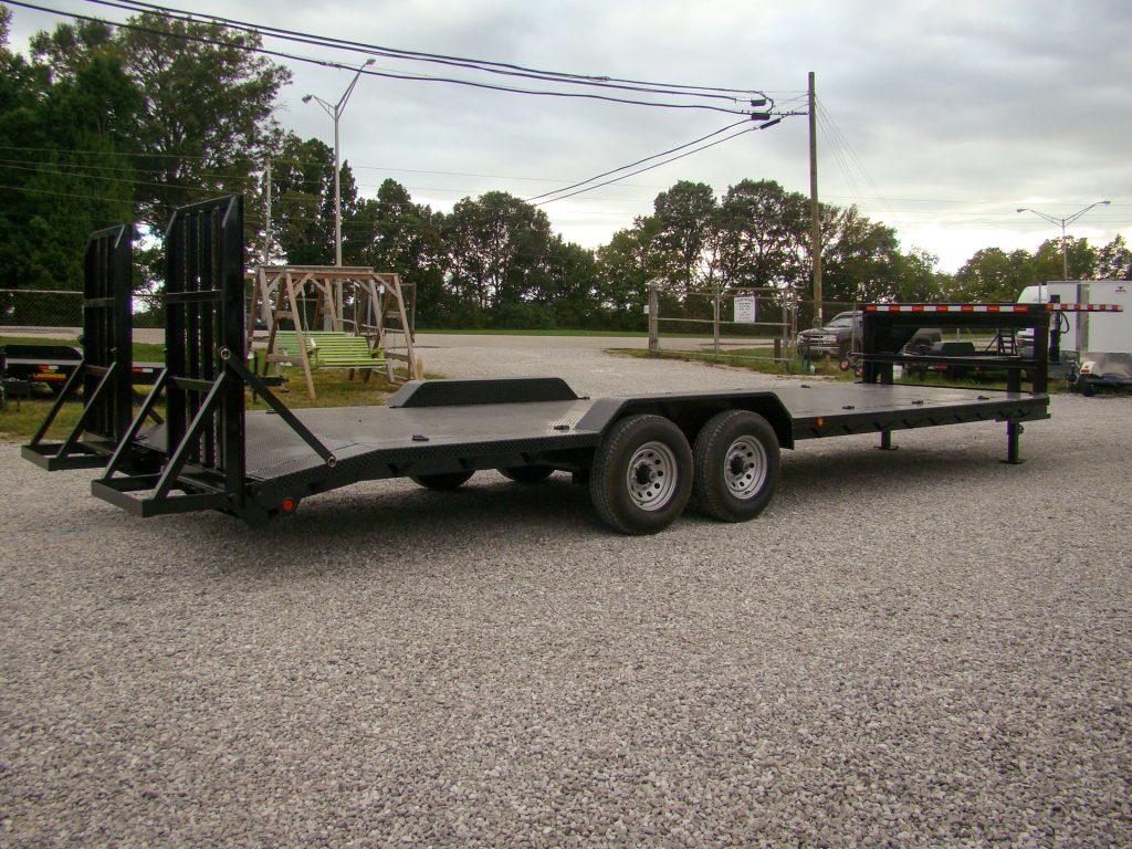 lowered gooseneck flatbed trailer
